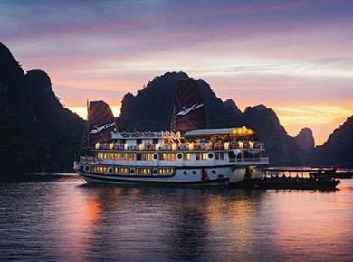 3 days cruise on Bai Tu Long bay
